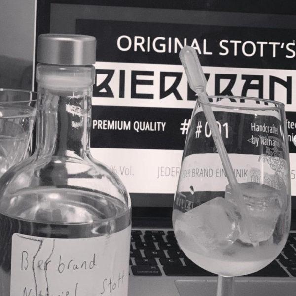 (87% Fein Brand) Original Stott's BIERBRAND NR. 001