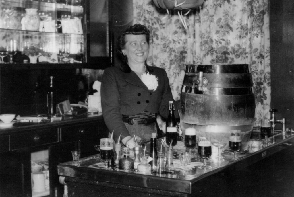 Tante Alma — The Shakespeare Pub Herdecke